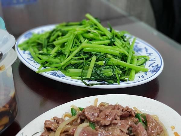 台南市安平文章牛肉湯 (17).jpg