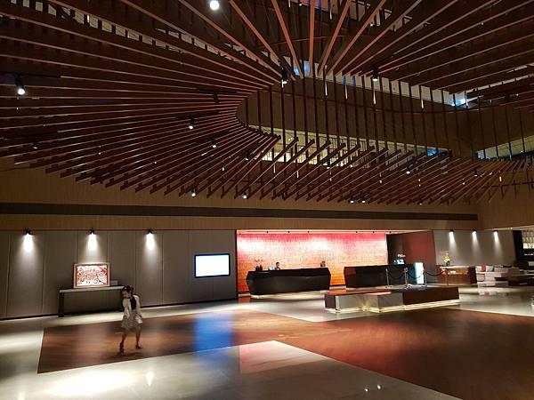 台南市台南大員皇冠假日酒店:大廳+外觀 (20).jpg