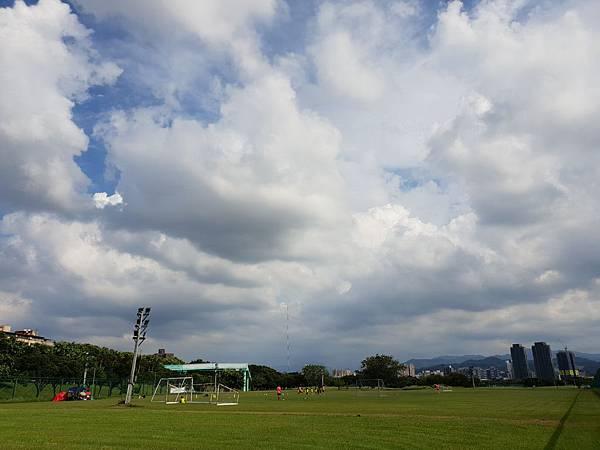 台北市華中河濱公園 (3).jpg