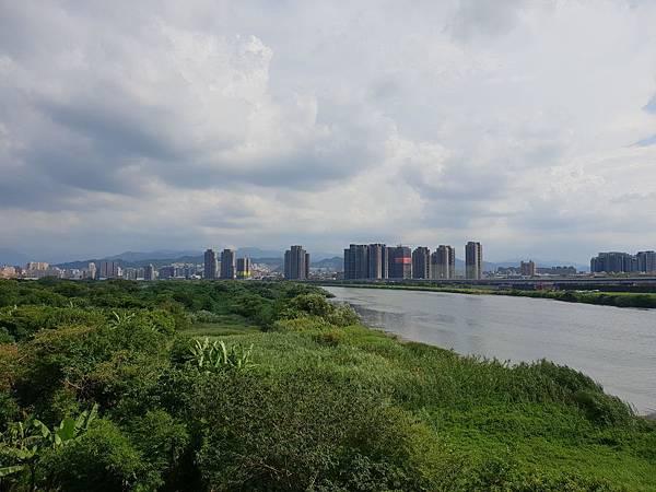 台北市華中河濱公園 (9).jpg