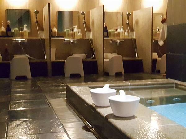 日本東京都CANDEO HOTELS TOKYO SHIMBASHI:SKYSPA+洗衣間 (3).jpg