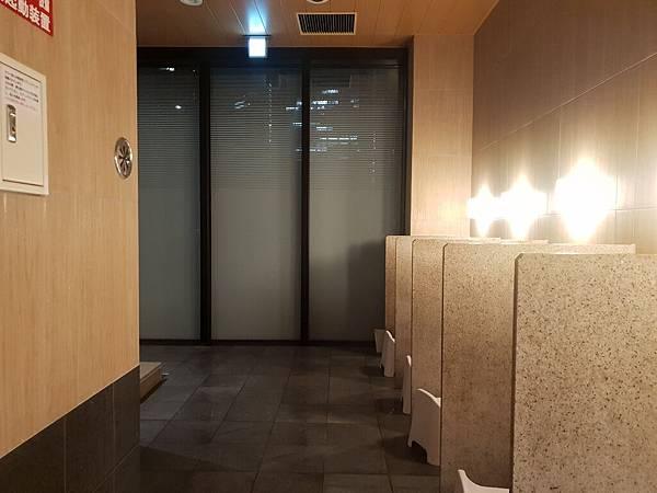 日本東京都CANDEO HOTELS TOKYO SHIMBASHI:SKYSPA+洗衣間 (14).jpg