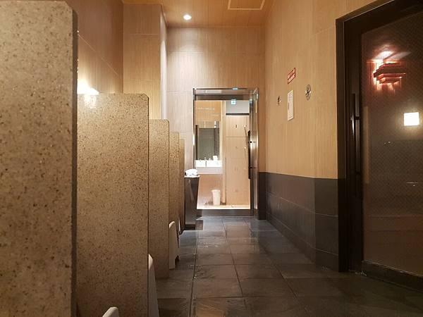 日本東京都CANDEO HOTELS TOKYO SHIMBASHI:SKYSPA+洗衣間 (16).jpg