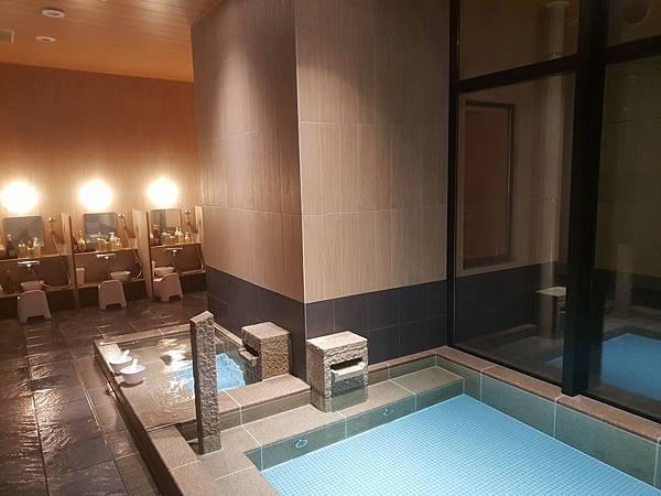 日本東京都CANDEO HOTELS TOKYO SHIMBASHI:SKYSPA+洗衣間 (17).jpg