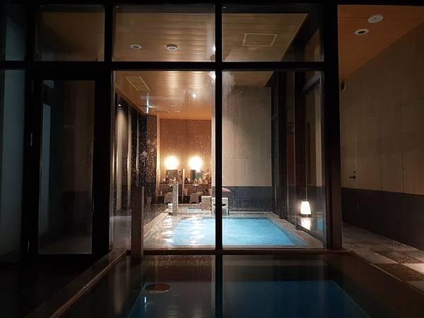 日本東京都CANDEO HOTELS TOKYO SHIMBASHI:SKYSPA+洗衣間 (20).jpg