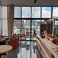 日本東京都CANDEO HOTELS TOKYO SHIMBASHI:餐廳+大廳 (1).jpg