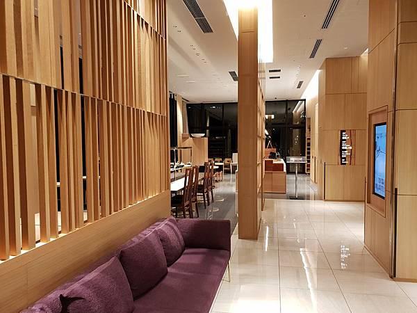 日本東京都CANDEO HOTELS TOKYO SHIMBASHI:餐廳+大廳 (14).jpg