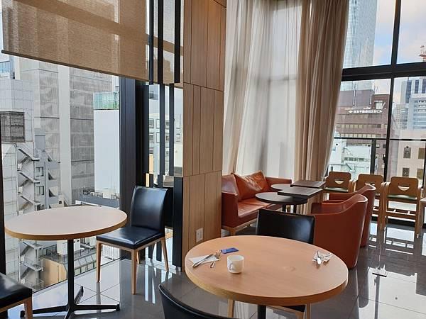 日本東京都CANDEO HOTELS TOKYO SHIMBASHI:餐廳+大廳 (42).jpg