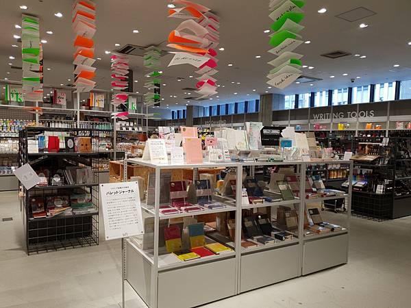 日本東京都LOFT GINZA (15).jpg