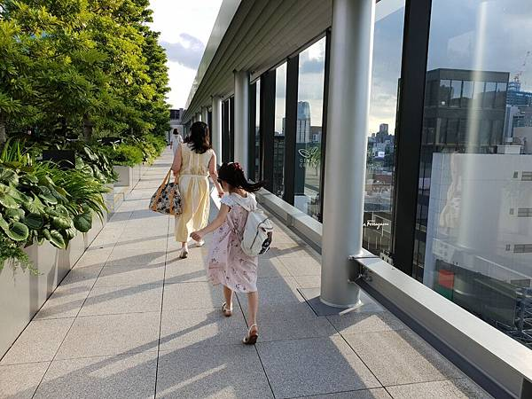 日本東京都GINZA SIX:GARDEN (3).jpg
