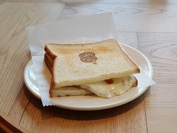 日本東京都eight days cafe (7).jpg
