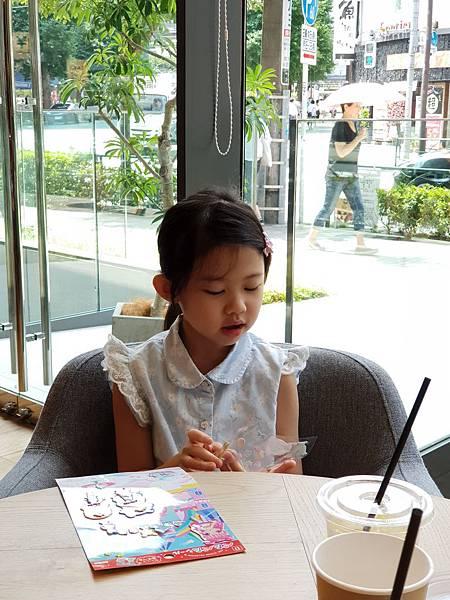 日本東京都eight days cafe (16).jpg