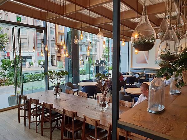 日本東京都eight days cafe (23).jpg
