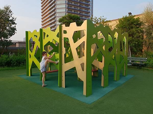 日本神奈川県GRANDTREE MUSASHIKOSUGI:GRAND GREEN GARDEN (11).jpg