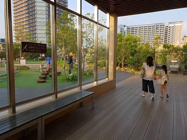 日本神奈川県GRANDTREE MUSASHIKOSUGI:GRAND GREEN GARDEN (24).jpg