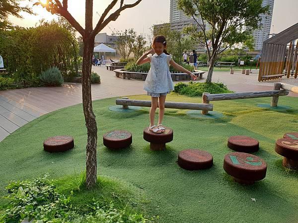 日本神奈川県GRANDTREE MUSASHIKOSUGI:GRAND GREEN GARDEN (26).jpg