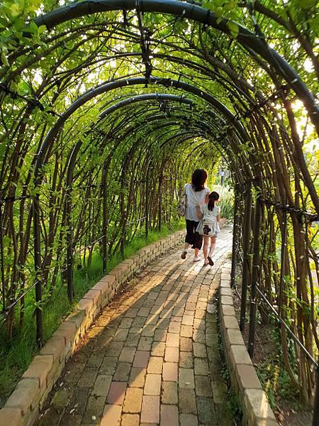 日本神奈川県GRANDTREE MUSASHIKOSUGI:GRAND GREEN GARDEN (32).jpg