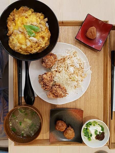 台北市尾張鶏三和微風信義店 (2).jpg