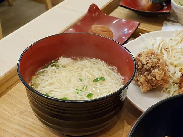 台北市尾張鶏三和微風信義店 (11).jpg