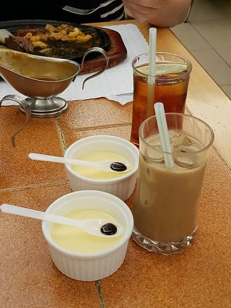 台北市双子星牛排西餐 (3).jpg