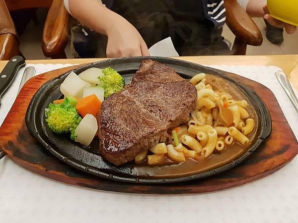 台北市双子星牛排西餐 (21).jpg