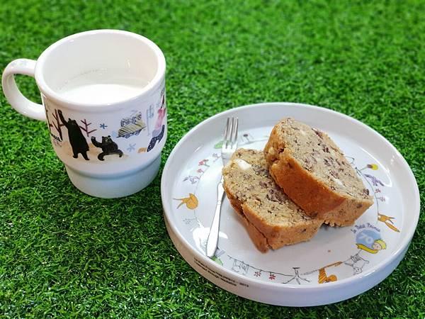 手作奶油乳酪紅豆磅蛋糕2 (17).jpg