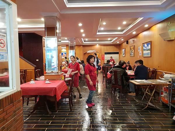 台北縣貢寮鄉新港海鮮餐廳 (2).jpg