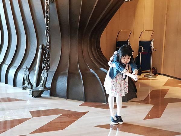高雄市高雄中央公園英迪格酒店:外觀+大廳 (1).jpg