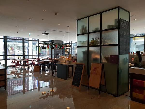 高雄市高雄中央公園英迪格酒店:CRAFT咖啡廳 (14).jpg