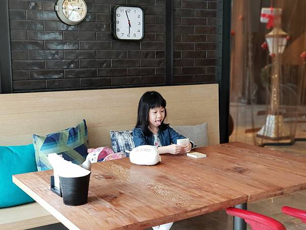 高雄市高雄中央公園英迪格酒店:CRAFT咖啡廳 (12).jpg