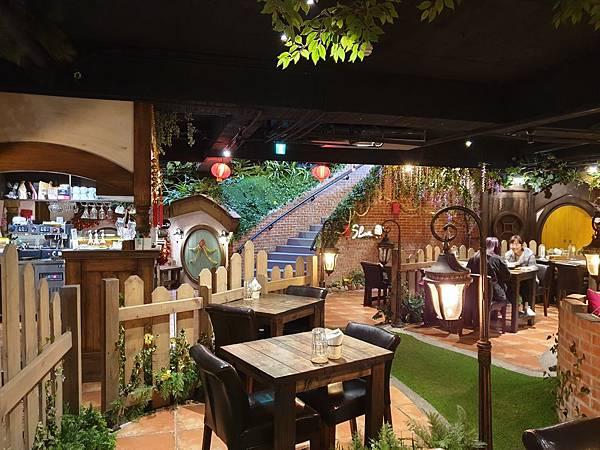 台中市綠宿行旅:夏爾餐酒館 (6).jpg