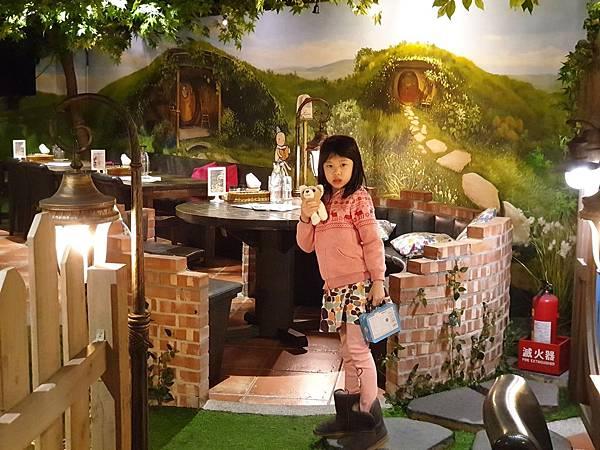 台中市綠宿行旅:夏爾餐酒館 (20).jpg