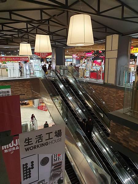 桃園縣龜山鄉Global Mall桃園A8 (12).jpg
