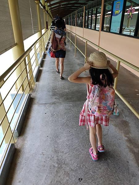 新加坡CRUISE CENTRE (7).jpg