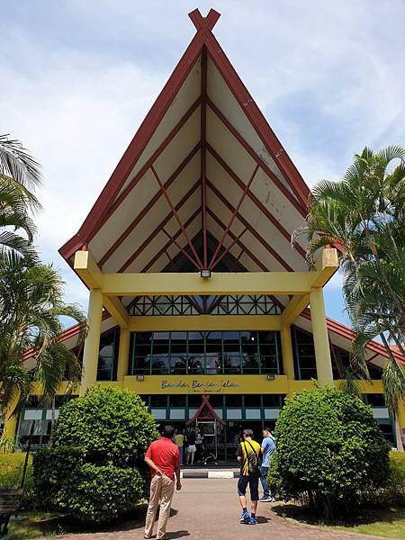 印尼民丹島Bandar Bentan Telani) (3).jpg