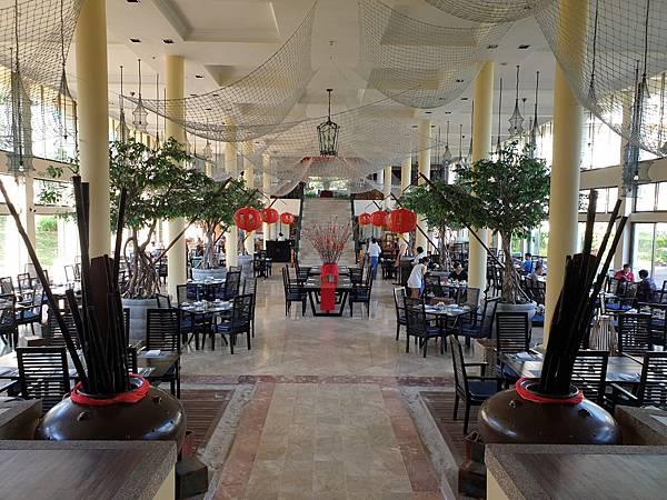 印尼民丹島Angsana Bintan:Lotus Cafe%5C早餐 (2).jpg