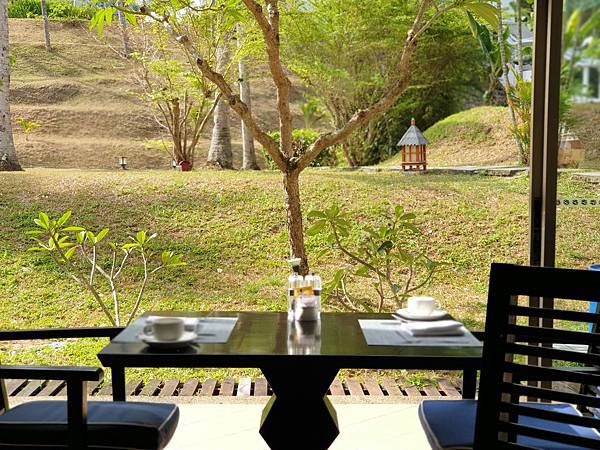 印尼民丹島Angsana Bintan:Lotus Cafe%5C早餐 (1).jpg