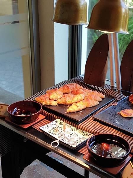 印尼民丹島Angsana Bintan:Lotus Cafe%5C早餐 (12).jpg