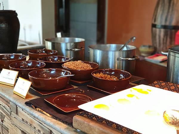 印尼民丹島Angsana Bintan:Lotus Cafe%5C早餐 (15).jpg