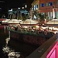 亞亞的克拉克碼頭散步 (9).jpg