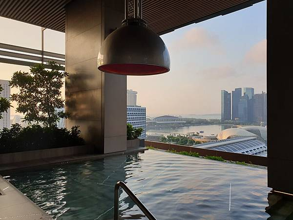 新加坡JW MARRIOTT HOTEL SINGAPORE SOUTH BEACH:Outdoor Pool (16).jpg