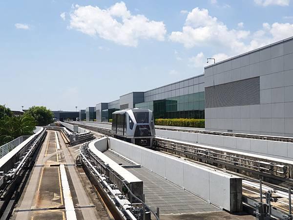 亞亞的樟宜機場 (9).jpg
