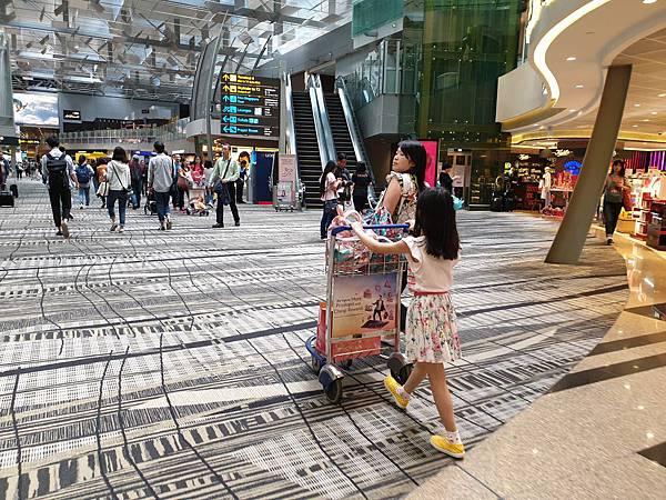 亞亞的樟宜機場 (46).jpg