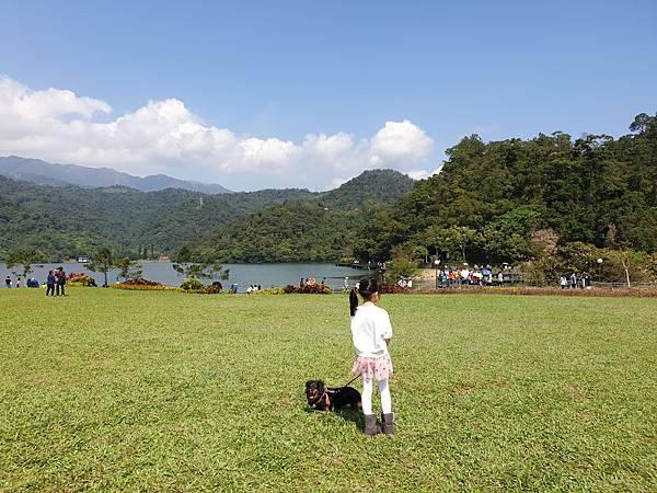 亞亞的龍潭湖遛奶油 (7).jpg