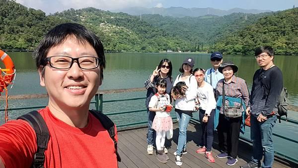 亞亞的龍潭湖遛奶油 (20).jpg