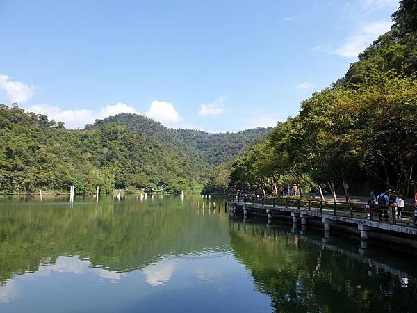 亞亞的龍潭湖遛奶油 (27).jpg