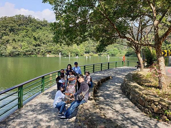 亞亞的龍潭湖遛奶油 (36).jpg