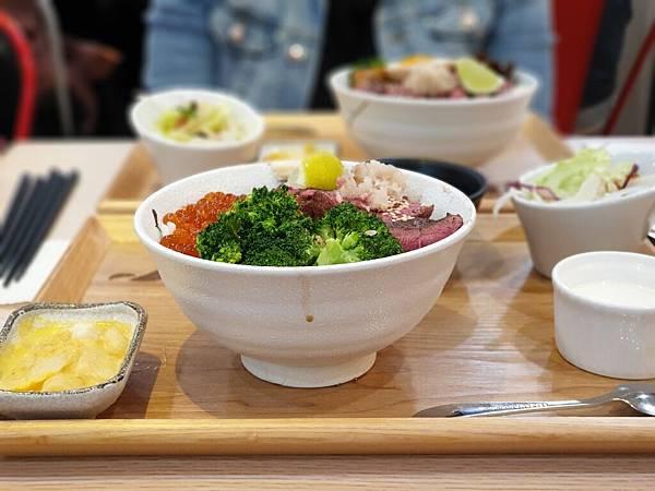 台北縣中和市初牛丼飯中和環球店 (9).jpg
