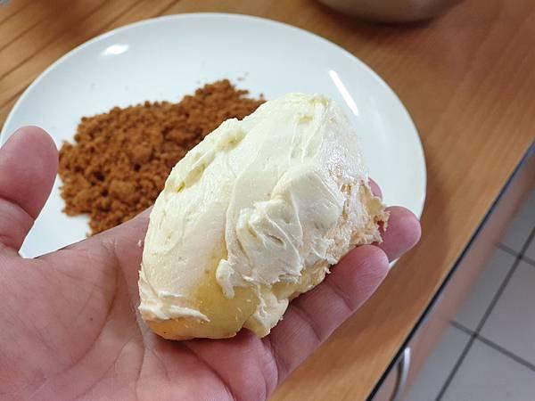 手作肉鬆麵包 (6).jpg