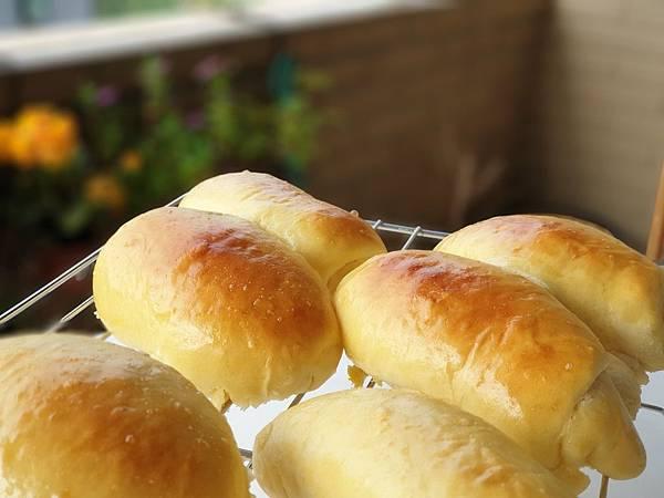 手作肉鬆麵包 (3).jpg